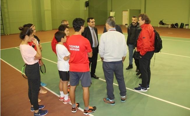 Tenis Federasyonu Yetkilileri Mersin'deki Tesisleri İnceledi