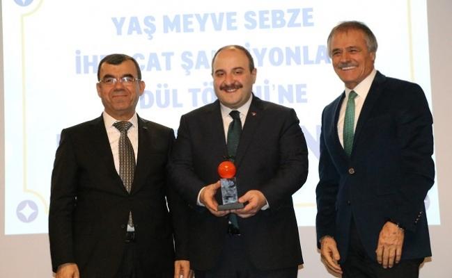 Yaş Sebze ve Meyve İhracat Şampiyonları Ödülleri Aldı