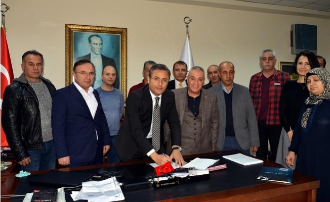 Akdeniz Belediyesi'nde Toplu İş Sözleşmesi Sevinci