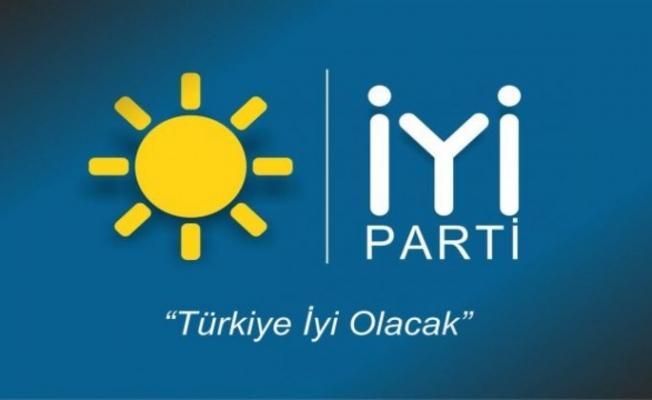 Mersin İYİ Parti'de İstifa Depremi