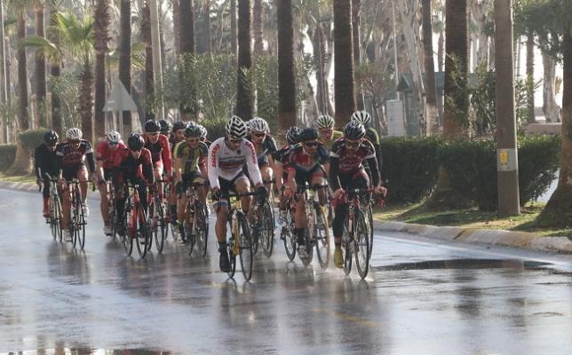 Türkiye Bisiklet Şampiyonası Birinci Etap Puanlı Yol Yarışı Mersin'de Başladı
