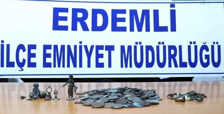 Mersin'de Tarihi Eser Kaçakçılığı Operasyonu