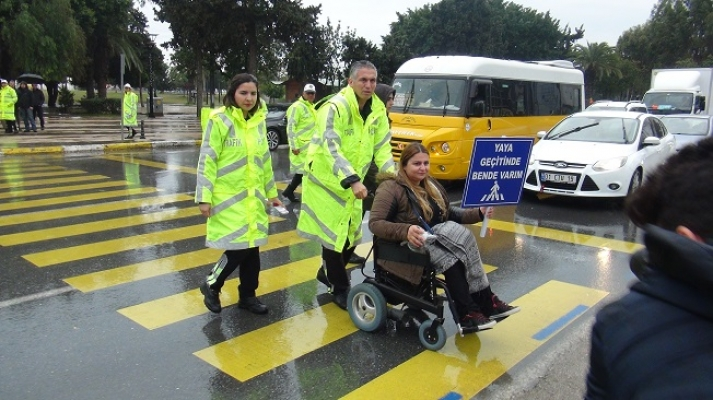 Yayalara Yol Vermeyen Araç Sürücülerine Artık 488 Lira Ceza