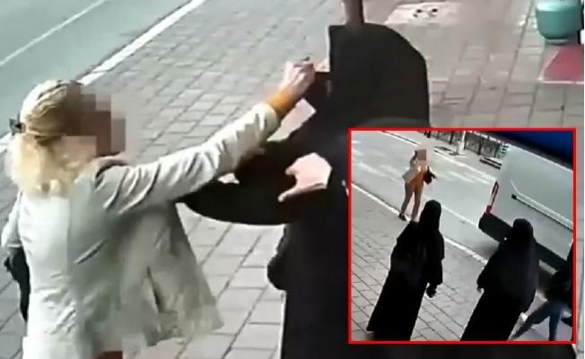 Tesettürlü Kadınlara Çirkin Saldırı