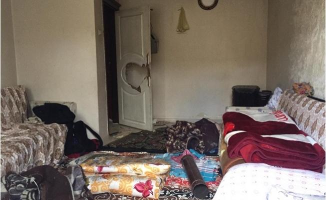 Çocuklarının Kapısını Kitledi, Karısını Tahra İle Öldürdü
