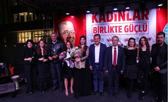 İstanbul Girls Orchestra'sından Kadınlara Özel Konser