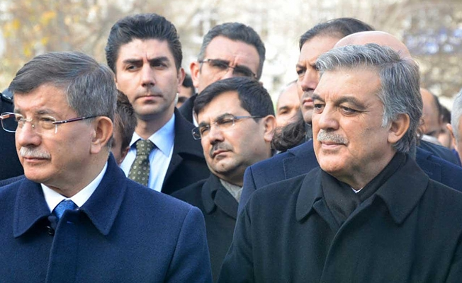 AKP İçinde İki Ayrı Partileşme Hız Kazandı