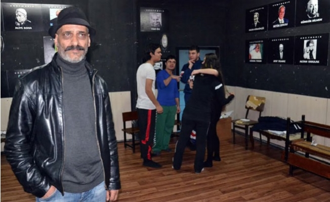 Mersin Şehir Tiyatrosu'nda Bankakamatikci İddası