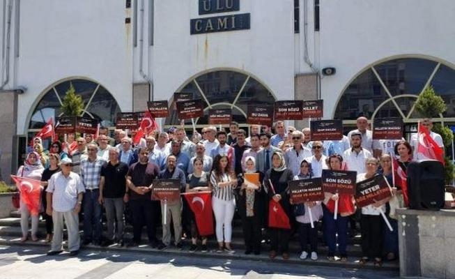 Mersin'de AK Parti'lilerden 27 Mayıs Tepkisi