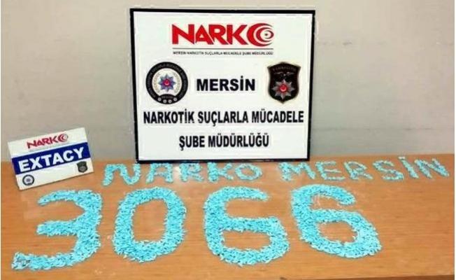 Mersin'de Kadın Çantasından 3 Bin 66 Uyuşturucu Hap Çıktı
