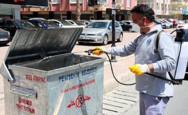 Mersin'de Haşere İle Mücadele Ediyor
