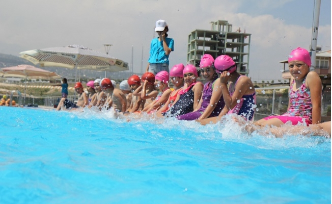 Toroslar'da Yüzme Kursu Kayıtları Başlıyor