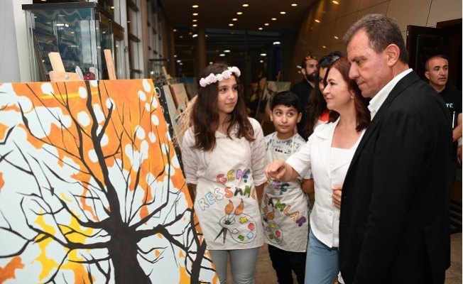 Meral Seçer'den Genç Ressamlara Destek