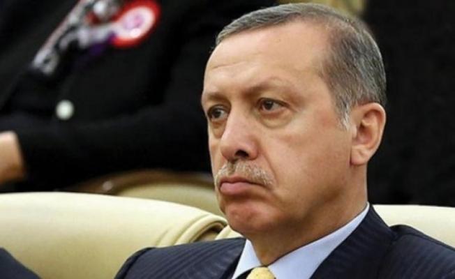 Ahmet Hakan Erdoğan'ı Ti'ye Aldı