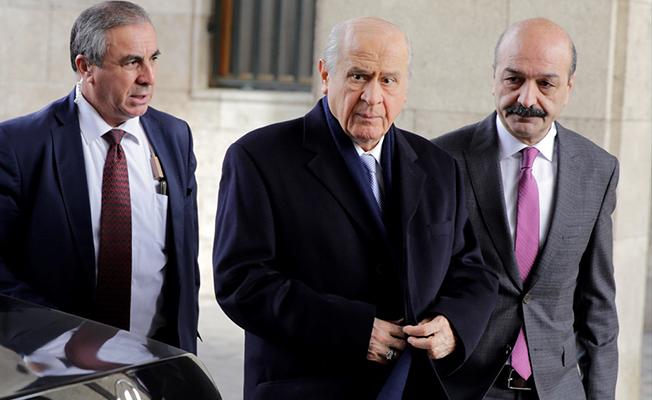 Bahçeli AKP'ye Sopa mı Gösteriyor? 'Sizi de Yakarım Bizi de'