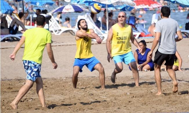Mersin Plajları Voleybol Turnuvası İle Şenlendi.