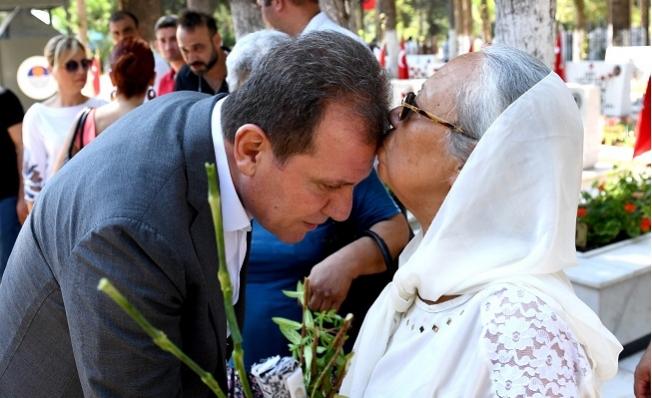 Başkan Seçer, Şehitler Anısına Kurban Kestirdi.