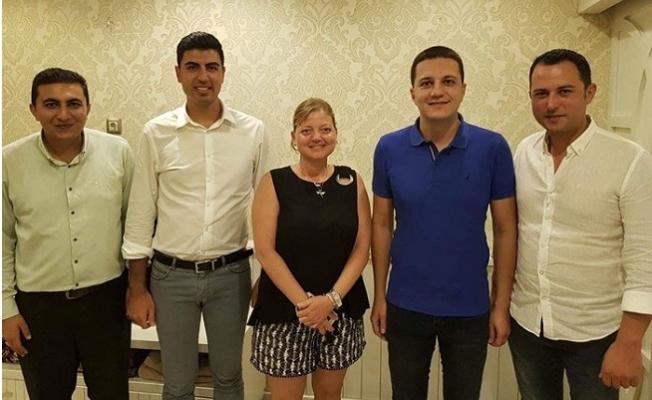 Mersin'de Belediyelerin Özel Kalem Müdürleri Güç Birliği Yaptı