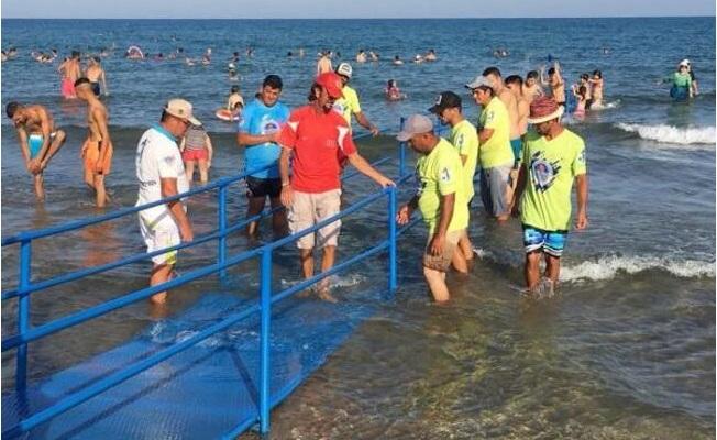 Yemişkumu Plajı'na Engelli Rampası
