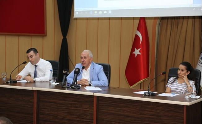 Akdeniz Belediyesi Meclis Toplantısında Gergin Anlar
