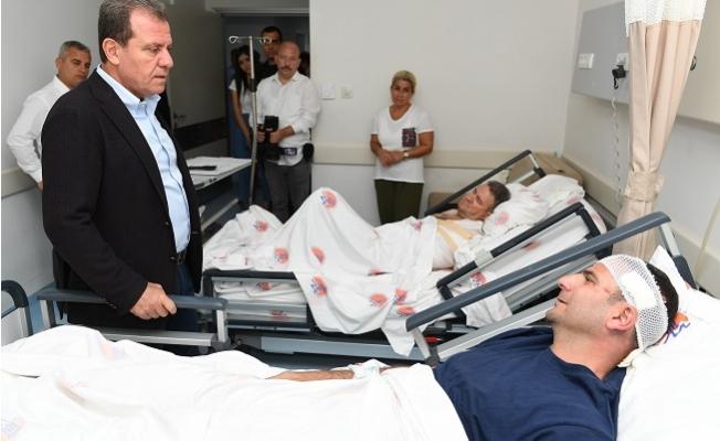 Başkan Seçer, Kaza Geçiren Personelini Hastanede Ziyaret Etti.
