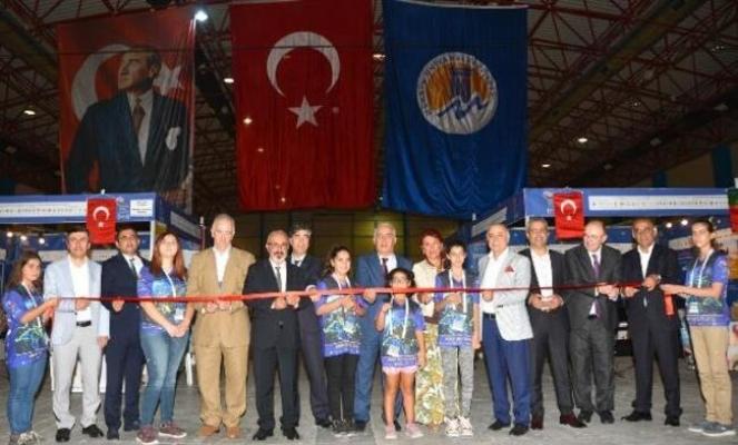 Mersin'da Bilim Şenliği Başladı
