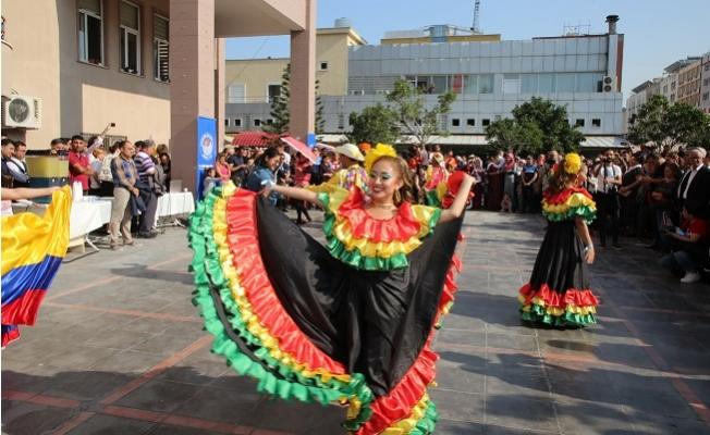 Narenciye Festival Korteji Akdeniz'de