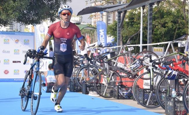 Yenişehir Triatlonu'nun İlk Şampiyonları Polatçı ve Yazıcı