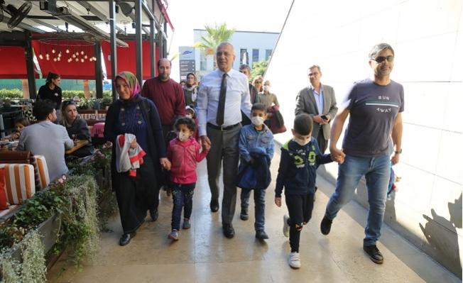 Başkan Tarhan'dan Lösemili Çocukları Unutmadı