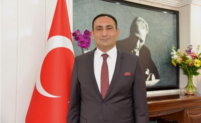 Başkan Yılmaz, Yavru Vatanın Cumhuriyet Bayramını Kutladı.