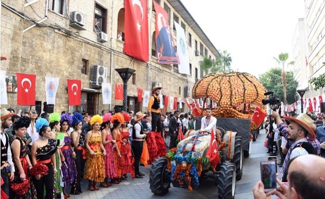 Mersin Narenciye Festivali'nde İlk Gün Coşkusu