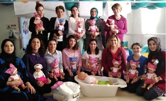 MEÜ'de Doğuma Hazırlık Sınıfı Eğitici Eğitimi başladı