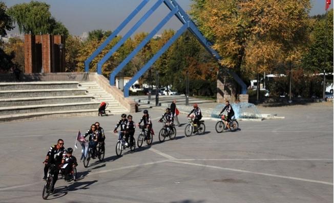 Toroslar'dan Anıtkabir'e Kadar Pedal Çevirdiler