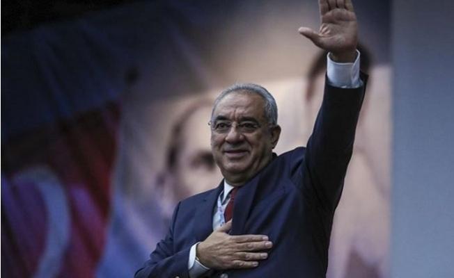 Önder Aksakal Yeniden DSP Genel Başkanı Seçildi.