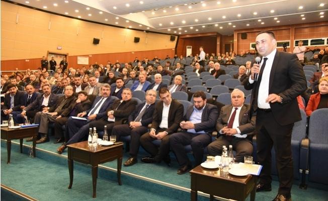 Mersin Büyükşehir Meclisinde Üslup Tartışması