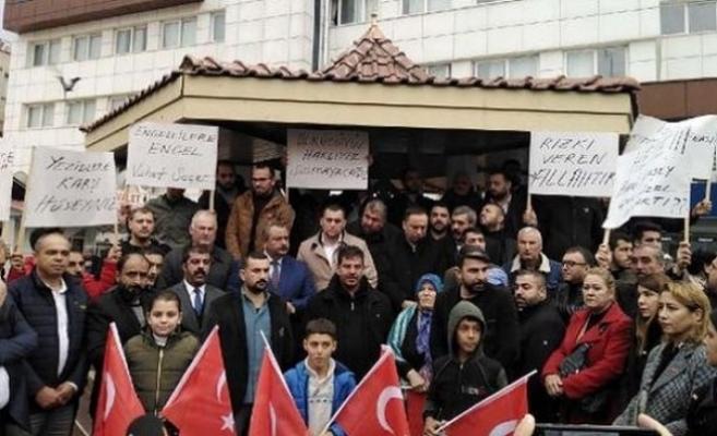 Tarsus da, Büyükşehir Belediyesinden İşçi Çıkartılmasına Tepki