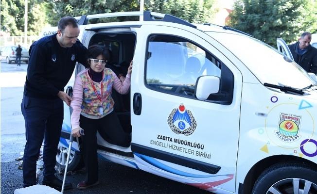 Tarsus Zabıtası, İşaret Diliyle Engellilere Hizmet Vermeye Başladı