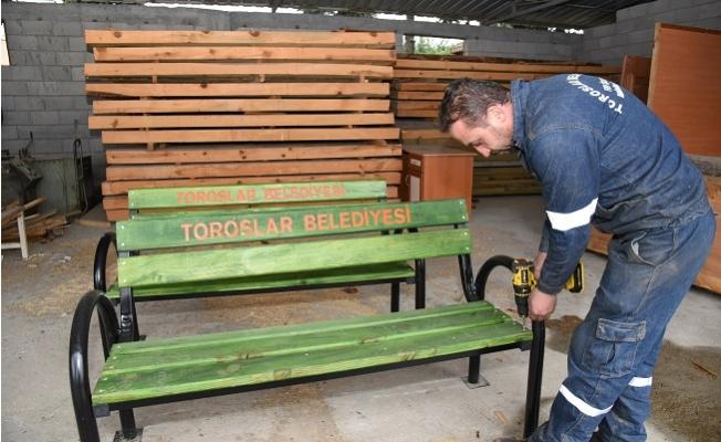 """""""Toroslar Belediyesindeki Atölyeler Fabrika Gibi Çalışıyor"""