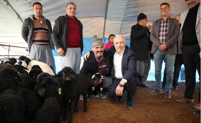 Akdeniz Belediye Başkanı Gültak Yörükleri Ziyaret Etti.