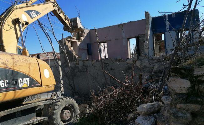 Akdeniz İlçesindeki Turgutreis Mahallesi Riskli Alan İlan Edildi