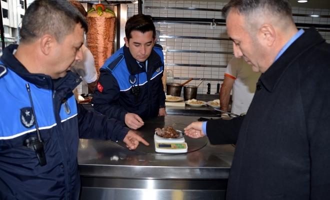 Akdeniz Zabıtası, Gıda Üretimi ve Satışı Yapan işyerlerini Denetledi