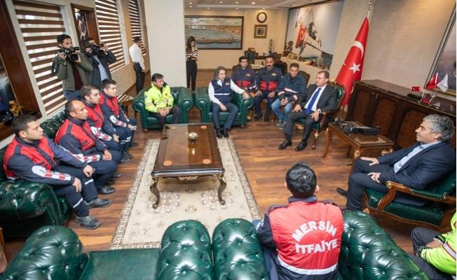 Elazığ'da Arama Kurtarma Çalışması Yürüten Ekibden Başkan Seçer'e Ziyaret