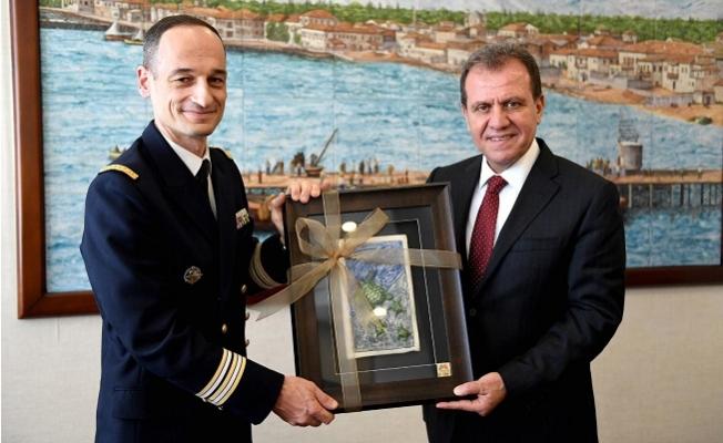 """""""Surcouf"""" Gemisi Komutanı'ndan Başkan Seçer'e Ziyaret"""