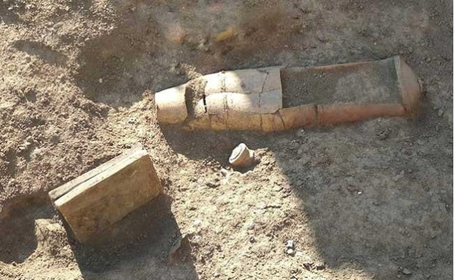 Tarsus'ta Kazı Çalışmalarında Mezar Bulundu