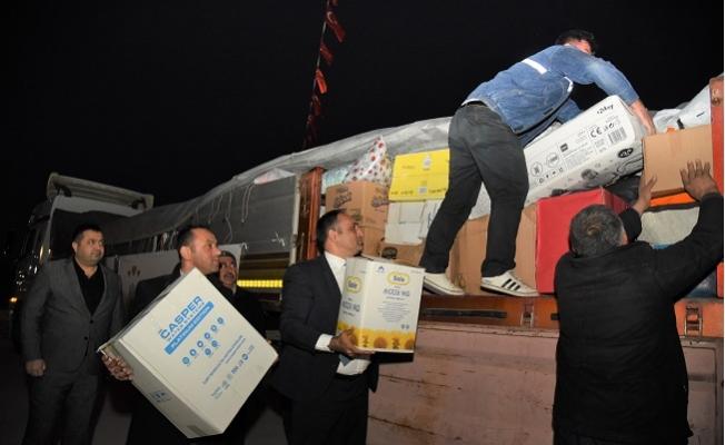 Toroslar Belediyesi'nin Yardım Tırı Elazığ'a Gönderildi