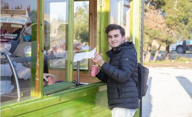 """""""1 Ekmek 1 Çorba"""" Projesi İle Yılda 1260 TL Öğrencilerin Cebinde Kalıyor"""