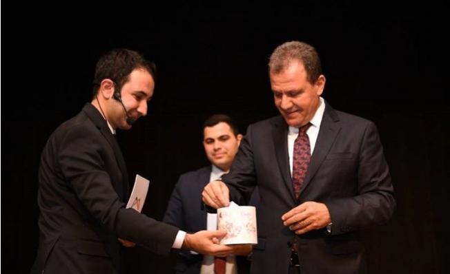 Başkan Seçer, 1. Bilgi Yarışması'na Katılarak, Kuraları Çekti