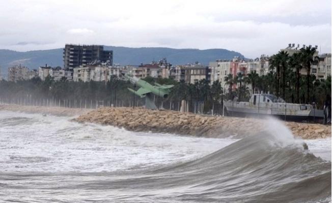 Mersin ve Bölgesi İçin Fırtına Uyarısı