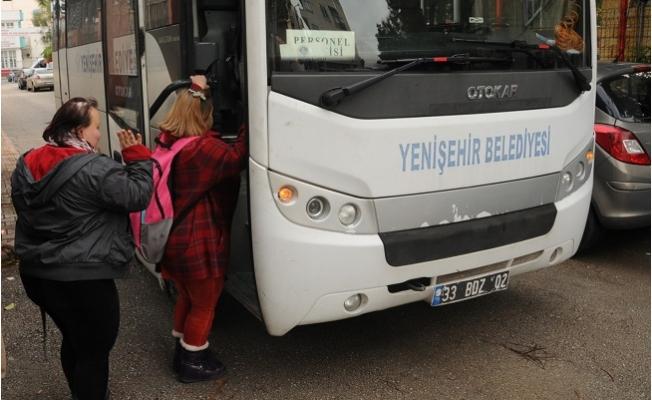 Yenişehir Belediyesi'nden Özel Bireylere Servis Hizmeti