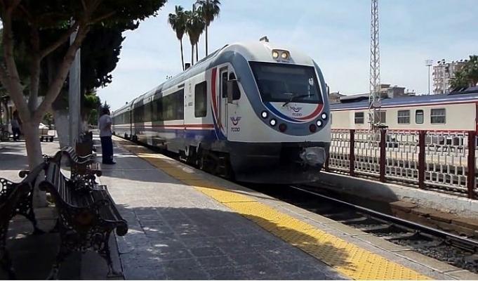 Adana - Mersin Tren Seferleri İptal Edildi